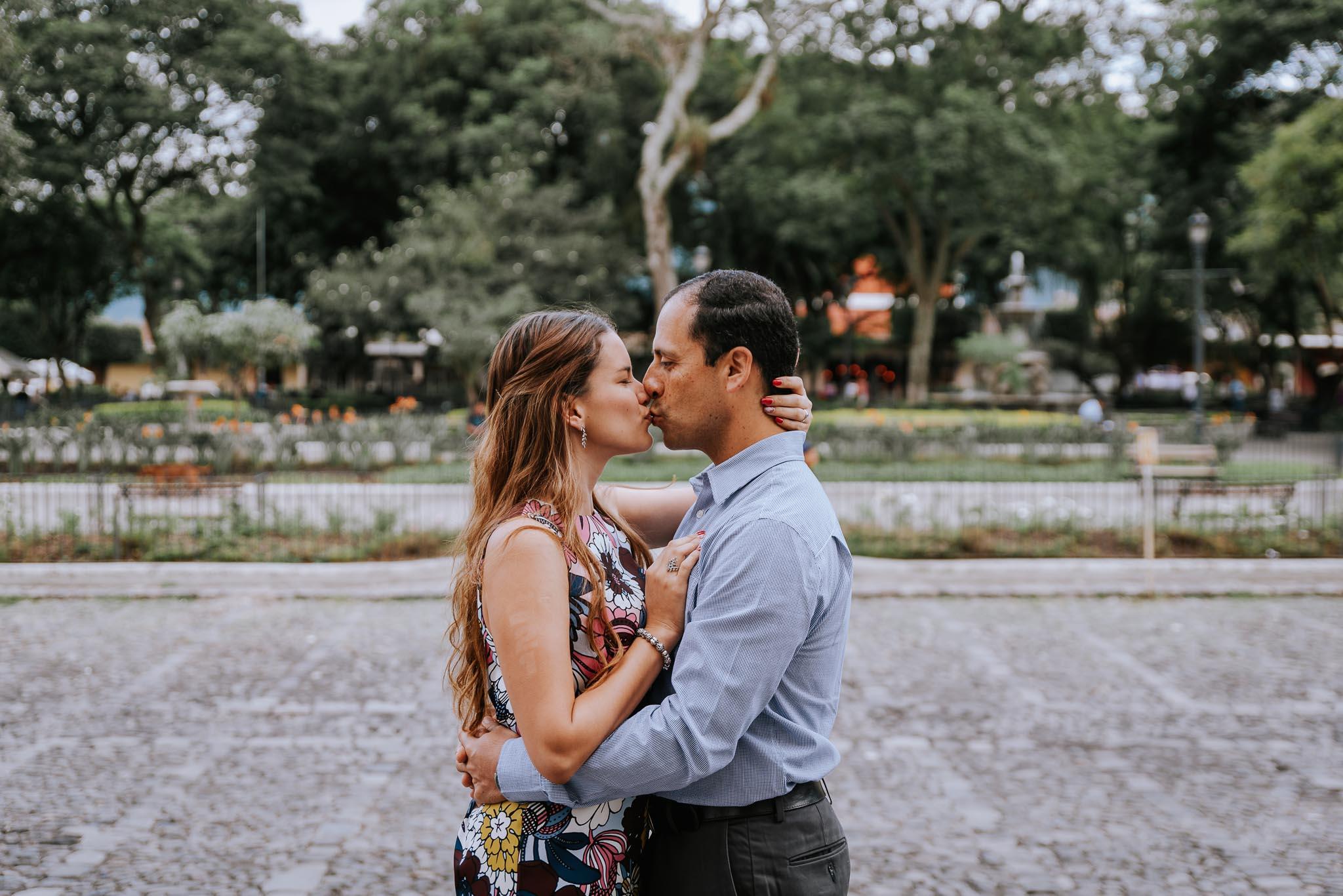 Save_the_date-Preboda-Costa_Rica-Antigua_Guatemala-bodas-juan-salazar-fotografo-Guatemala