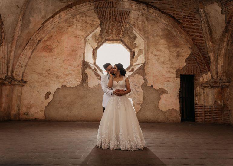 Sesion-Wedding-Maynor_Jessica-Convento_Santa_Clara-Antigua_Guatemala-bodas-juan-salazar-fotografo-Guatemala