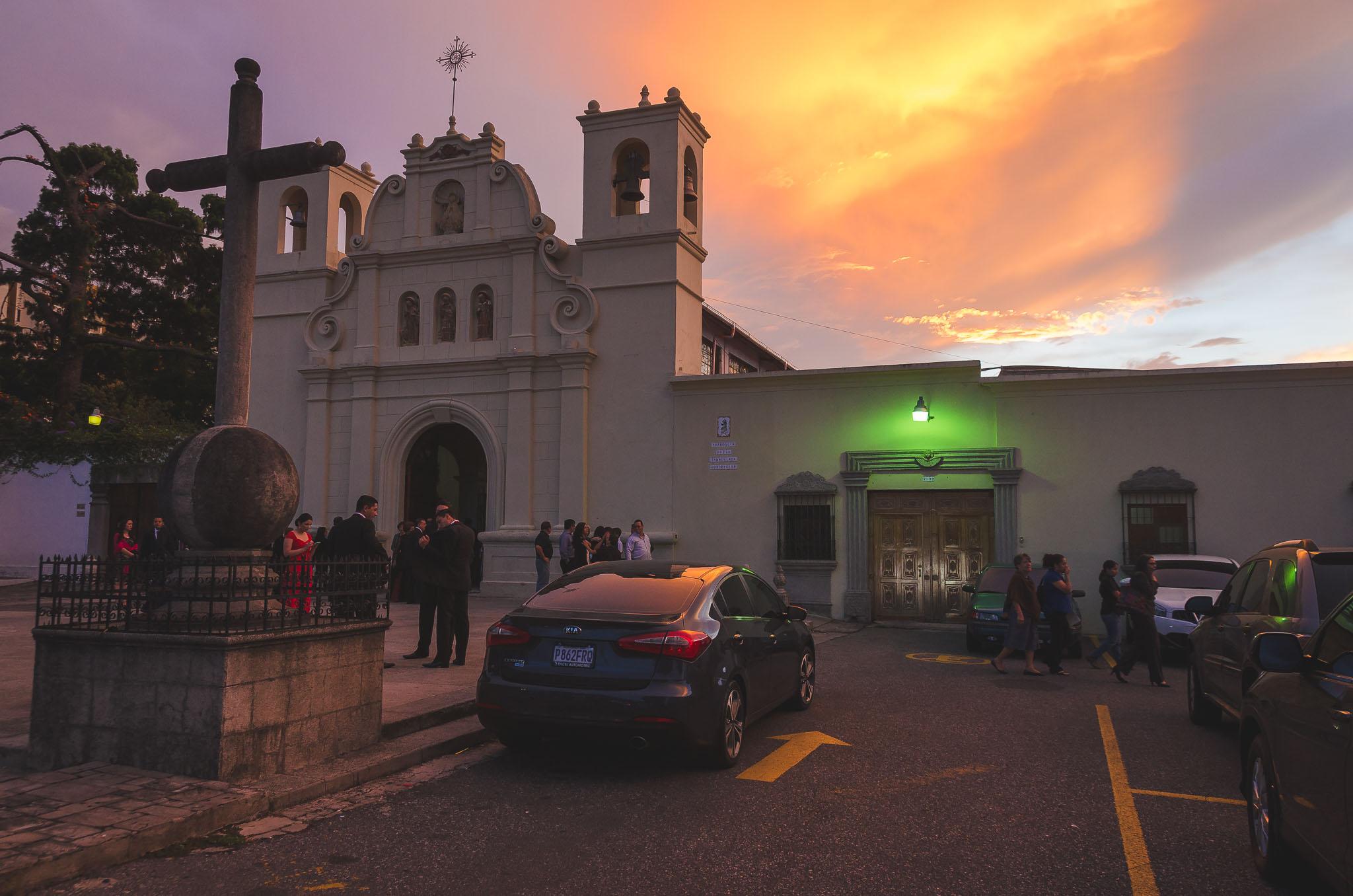 Wedding-Pancho_Luisa-Hotel_intercontinental-Ciudad_Vieja-bodas-juan-salazar-fotografo-Guatemala